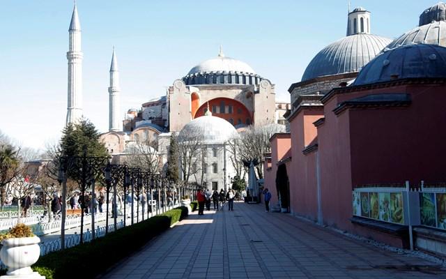 Die Zeit για Αγία Σοφία: O Ερντογάν δεν διαθέτει τόσο μεγάλη στήριξη