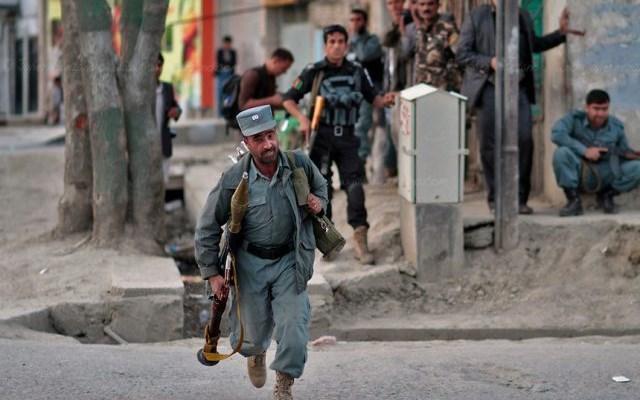 Αφγανιστάν: Τουλάχιστον εννέα άμαχοι νεκροί από διπλή έκρηξη