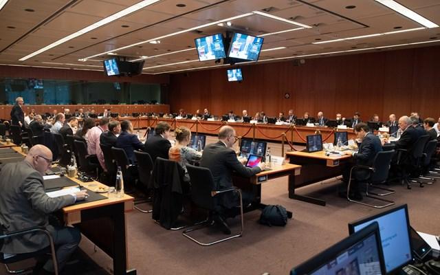 Τηλεδιάσκεψη Μισέλ-Φον ντερ Λάιεν-Λαγκάρντ-Σεντένο ενόψει του αυριανού Eurogroup