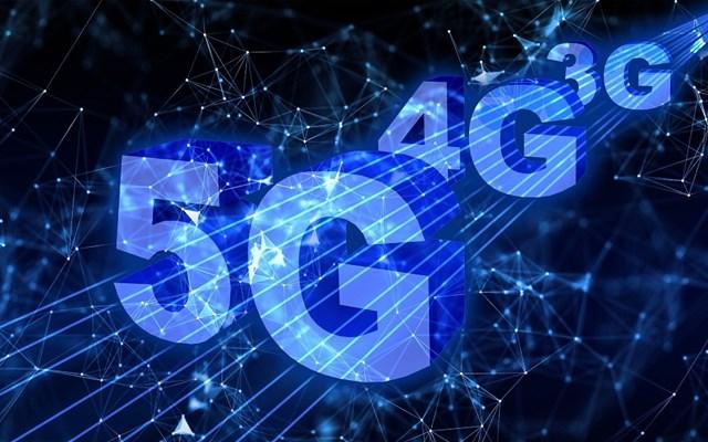 Αντίστροφη μέτρηση για τον διαγωνισμό δικτύων κινητής τηλεφωνίας 5ης γενιάς
