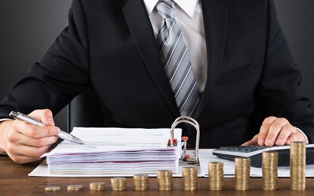 Υπουργείο Οικονομικών: Έτσι θα μειωθεί η προκαταβολή φόρου εισοδήματος
