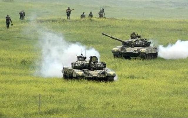 Το Αζερμπαϊτζάν αναφέρει 14 νεκρούς άμαχους και περισσότερους από 40 τραυματίες