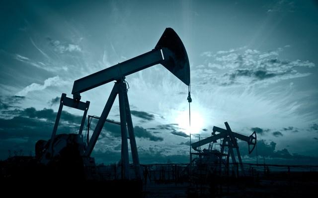 Πετρέλαιο: Σε χαμηλό 13 μηνών έκλεισε το αμερικανικό αργό