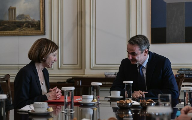 Συνάντηση του Κυρ. Μητσοτάκη με την υπ. Άμυνας της Γαλλίας, Φλ. Παρλί