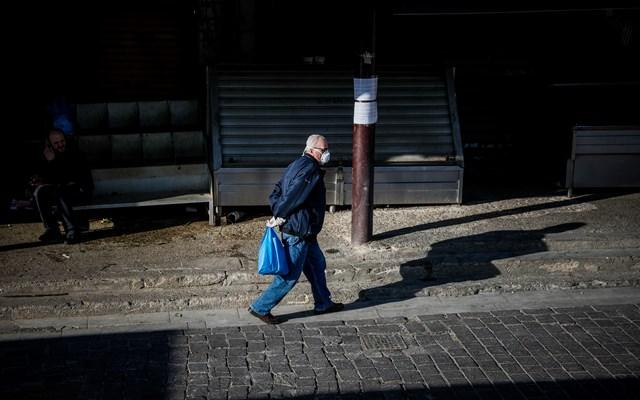 Μέσα σε 9 ώρες έγιναν 1.043 παραβάσεις για άσκοπες μετακινήσεις σε όλη τη χώρα