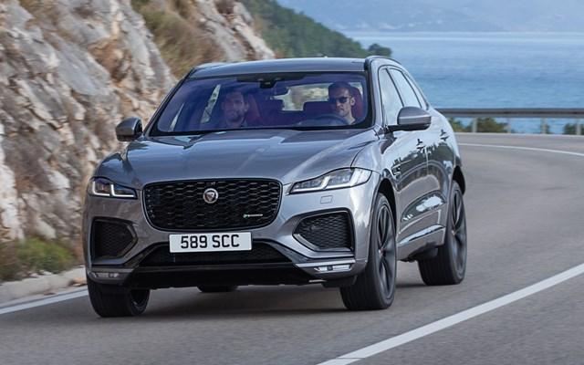H Jaguar ανανεώνει και εξηλεκτρίζει την F-Pace