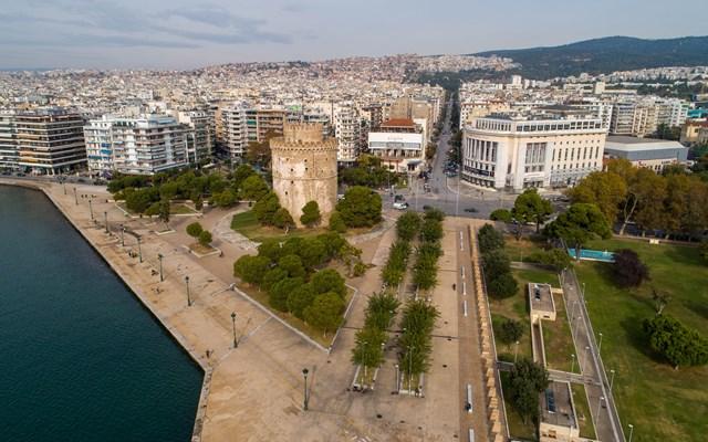 Θεσσαλονίκη: Έπαιζαν πόκερ σε κατάστημα εν μέσω καραντίνας - 18 συλλήψεις