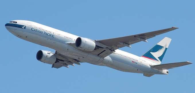 Kαθηλωμένα στο έδαφος τα αεροσκάφη Boeing 777 μετά από βλάβη σε κινητήρα κατά της διάρκεια πτήσης