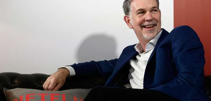 Forbes: Πλουσιότερος κατά 1 δισ. δολ. από τα Χριστούγεννα ο ιδρυτής του Netflix Reed Hastings