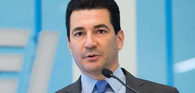 """ΗΠΑ: """"Η χειρότερη φάση της πανδημίας"""" έπεται, προειδοποιεί ο πρώην Επίτροπος του FDA"""