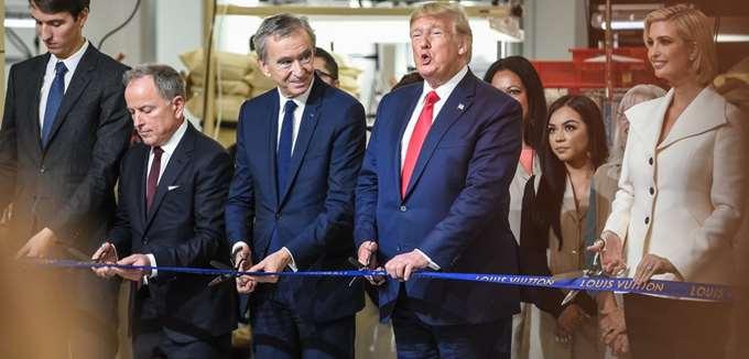 """Ο επικεφαλής δημιουργικού της Louis Vuitton αποκάλεσε τον Τραμπ """"αστείο"""""""