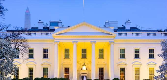 Σύμβουλος Τραμπ: Η ανεργία μπορεί να παραμείνει σε διψήφιο ποσοστό ως τον Νοέμβριο