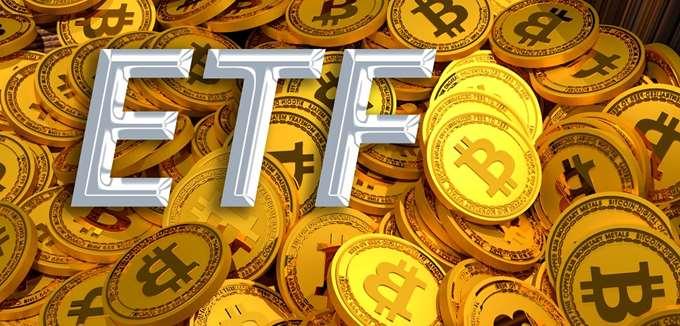 """Τα ETFs και τα ΣΜΕ bitcoin οι μεγάλοι """"νικητές"""" στις προτιμήσεις των μικροεπενδυτών"""