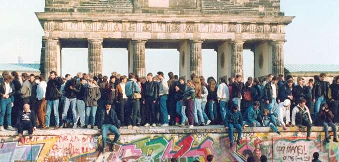 Η πτώση του Τείχους του Βερολίνου 30 χρόνια μετά