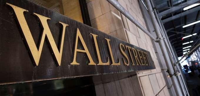 H Wall Street μόλις είχε τη χειρότερη ημέρα της εδώ και 4 μήνες -Οι εκλογές θα μπορούσαν να κάνουν χειρότερη την κατάσταση