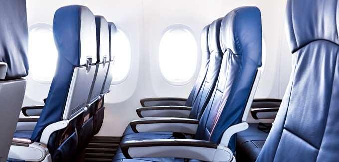 """Ο κοροναϊός θα """"προσγειώσει"""" τα έσοδα των αεροπορικών το α' τρίμηνο έως και $5 δισ."""