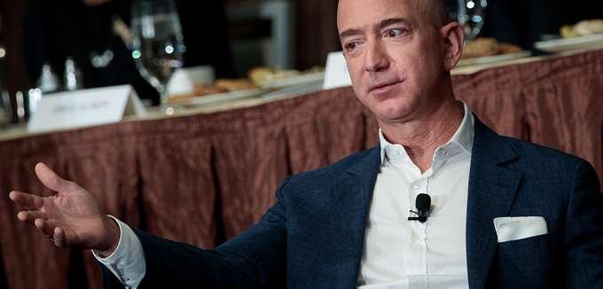 Ο Τζεφ Μπέζος πούλησε μετοχές της Amazon αξίας 2,5 δισ. δολαρίων