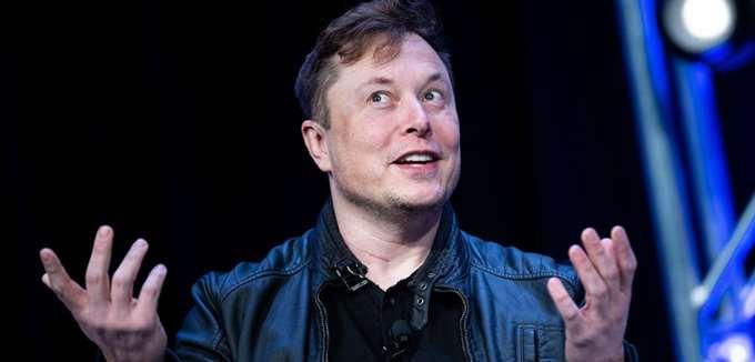 Η SpaceX του Musk νίκησε την Blue Origin του Bezos για το σύστημα προσελήνωσης της NASA