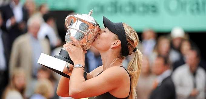 Η Μαρία Σαράποβα αποσύρθηκε από το τένις με κέρδη καριέρας στα $325 εκατ. δολάρια