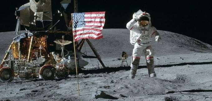 Πώς η προσελήνωση του Apollo 11 άνοιξε τον δρόμο για την οικονομία του διαδικτύου