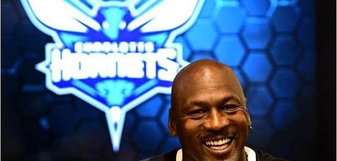 Ο Michael Jordan πούλησε μειοψηφικό πακέτο μετοχών των Hornets, και το κέρδος είναι μεγαλύτερο από το αναμενόμενο