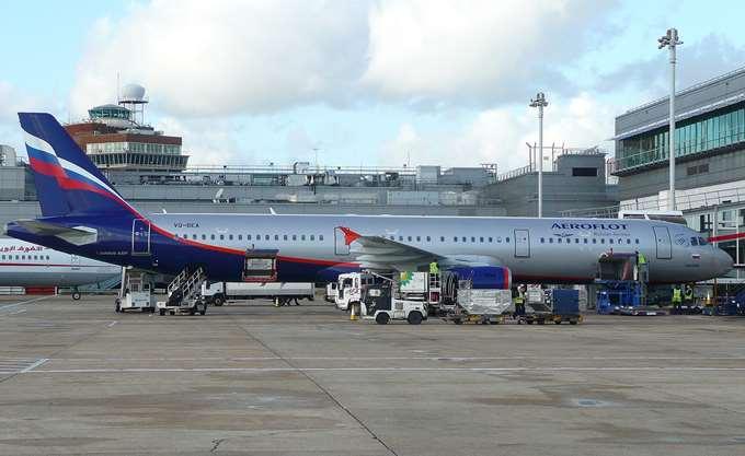 Ρωσία: Ζητά εξηγήσεις από τη Βρετανία για την έρευνα σε αεροσκάφος της Aeroflot