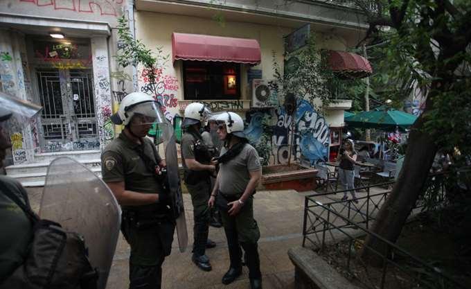 """Εξάρχεια: Οι δράστες επιτέθηκαν στους λιμενικούς ως """"αστυνομικοί"""""""
