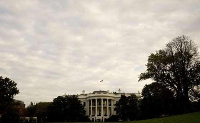 Λευκός Οίκος: Συνεχίζονται οι προετοιμασίες για τη συνάντηση Τραμπ - Πούτιν
