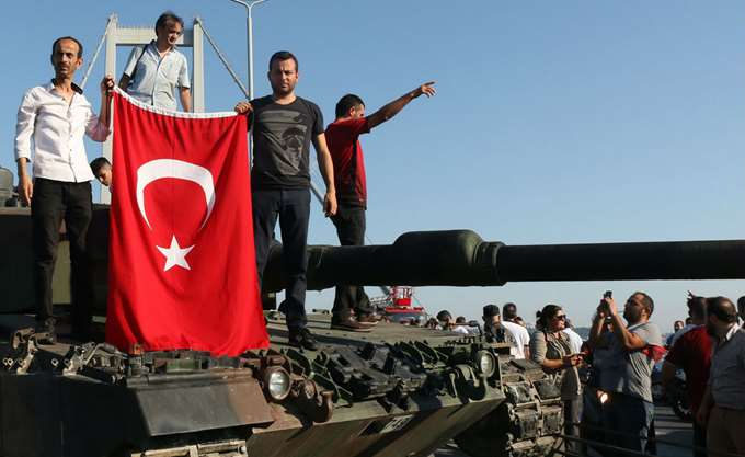 Τουρκία: Ισόβια σε 72 για τα γεγονότα σε γέφυρα του Βοσπόρου κατά το πραξικόπημα