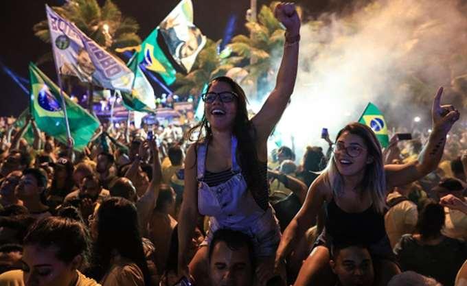 O Μπολσονάρο θα βάλει σε δοκιμασία τη δημοκρατία της Βραζιλίας