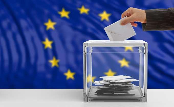 Οι θέσεις των υποψηφίων για την προεδρία της Κομισιόν για μετανάστευση, Brexit και κλιματική αλλαγή