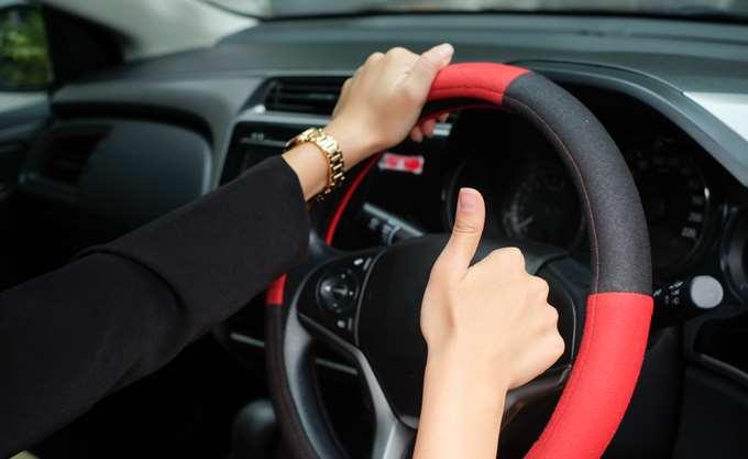 Με βεβαίωση θα οδηγούν οι ηλικιωμένοι οδηγοί μέχρι να λάβουν το νέο δίπλωμα οδήγησης