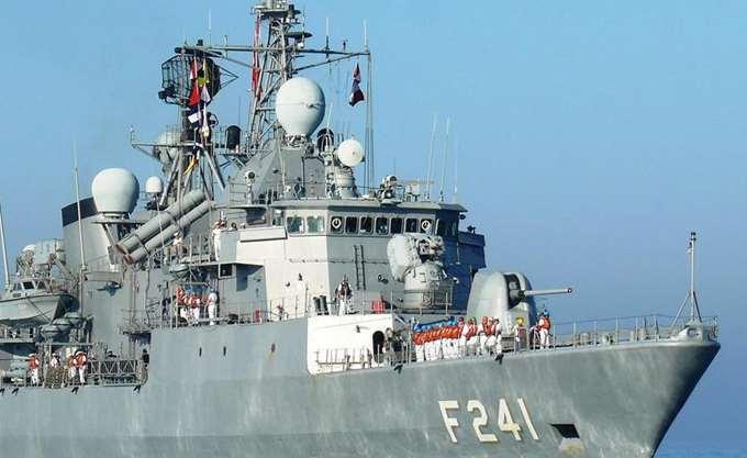 Επεισόδιο στο Αιγαίο: Τουρκικό εμπορικό πλοίο έπεσε πάνω σε ελληνική κανονιοφόρο