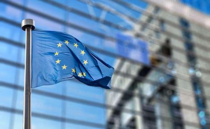 Κομισιόν: Πρόστιμα 1,07 δισ. ευρώ σε πέντε τράπεζες