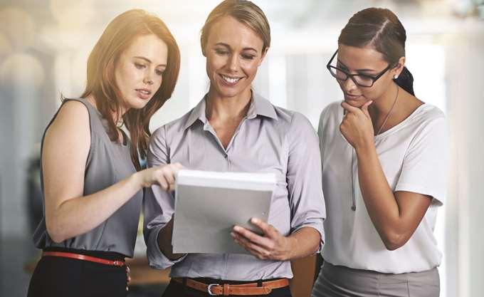 Οι ιδανικές εταιρείες για να εργαστούν γυναίκες