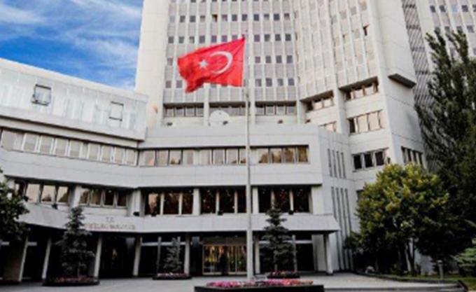 Νέοι λεονταρισμοί Άγκυρας για τις έρευνες για φυσικό αέριο ανοικτά της Κύπρου