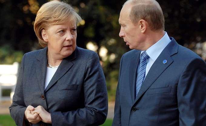 G20: Η Μέρκελ εξέθεσε στον Πούτιν τις ανησυχίες της για τις εξελίξεις στα Στενά του Κερτς