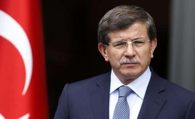 Νταβούτογλου: Η συμμαχία με τους εθνικιστές ήταν επιζήμια για το κόμμα AKP του προέδρου Ερντογάν