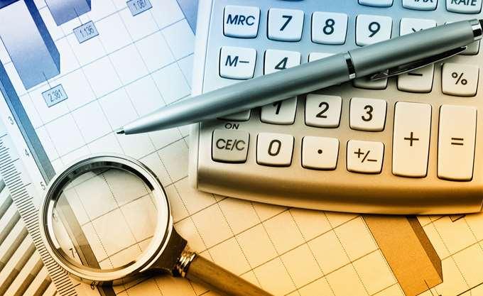 ΙΟΒΕ: Κίνδυνος να επιστρέψει σε ύφεση η οικονομία