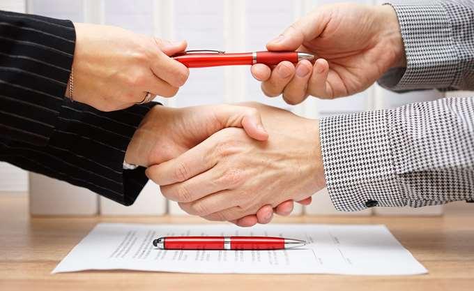 Ο ανταγωνισμός ρίχνει τα επιτόκια στα επιχειρηματικά δάνεια