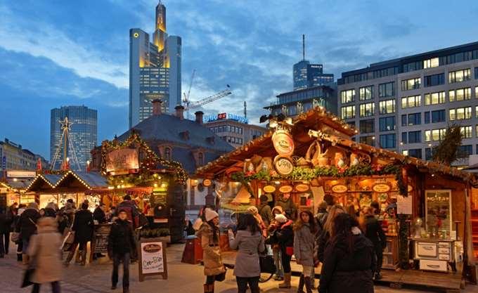 """Λήξη συναγερμού στην Φρανκφούρτη, το """"ύποπτο"""" πακέτο αποδείχθηκε """"δώρο"""" για αστέγους"""