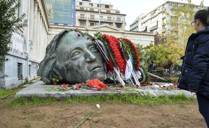 Προπηλάκισαν στελέχη του ΣΥΡΙΖΑ στο Πολυτεχνείο