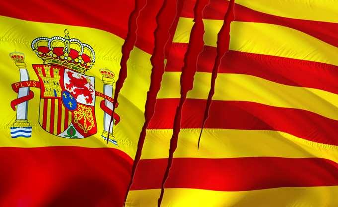 Ισπανία: Η κεντρική κυβέρνηση απειλεί να στείλει την εθνική αστυνομία στην Καταλονία μετά τις διαδηλώσεις