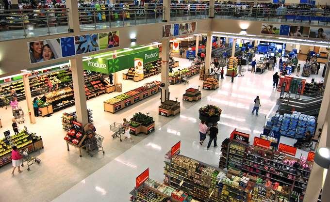 Υπερέβησαν τις εκτιμήσεις τα κέρδη και έσοδα της Wal-Mart