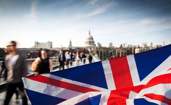Βρετανία: Επιβραδύνθηκε η οικονομία στο τρίμηνο