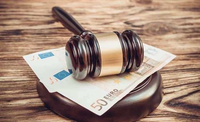 Φορο-πρόστιμα λόγω ΕΦΚΑ σε επαγγελματίες