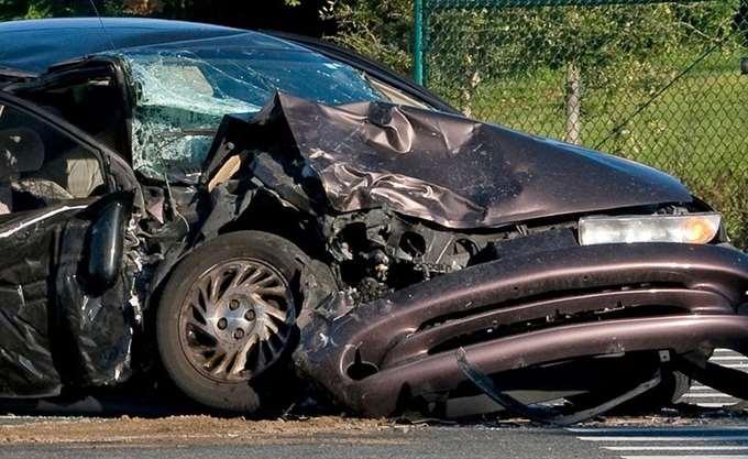 Τροχαίο με μία νεκρή και τρεις τραυματίες στη λεωφόρο Σουνίου