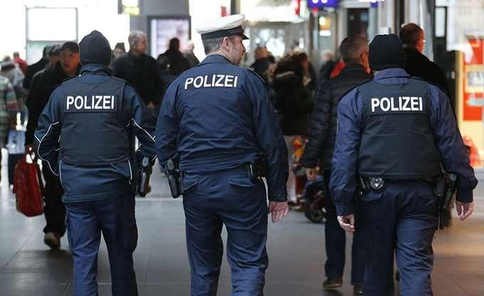 Γερμανία: Συναγερμός στις αρχές από ύποπτη βαλίτσα στο κέντρο του Βερολίνου