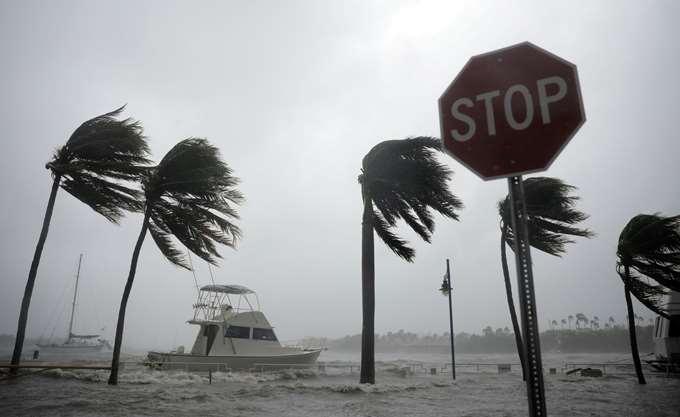 ΗΠΑ: Ο κυκλώνας Μάικλ απειλεί Φλόριντα, Αλαμπάμα, Βόρεια και Νότια Καρολίνα