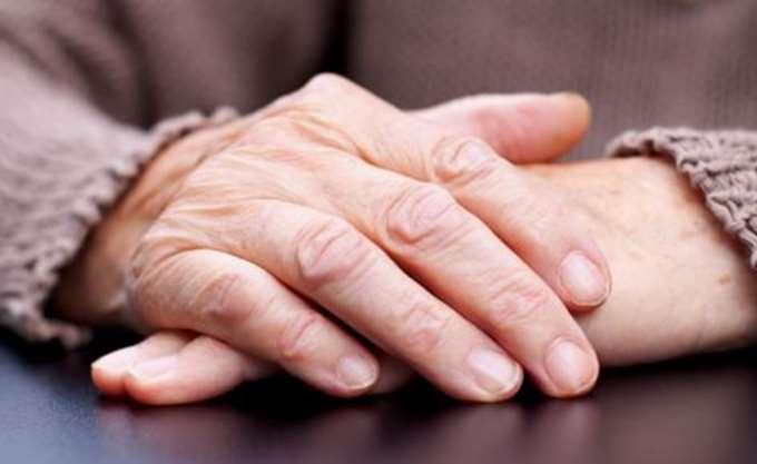 Δυσοίωνα τα στοιχεία για γήρανση πληθυσμού - υπογεννητικότητα στην Ελλάδα